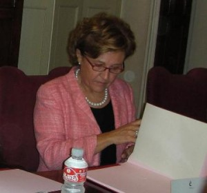 Carmen Caffarel, Instituto Cervantes