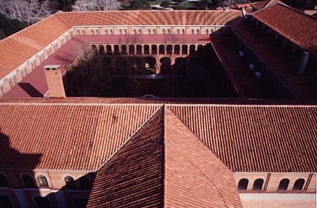 tejado-claustro-museo-de-amercia