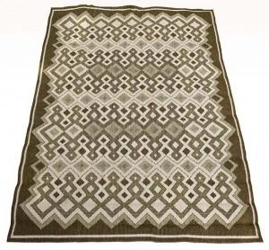 galeria-amapola-alfombra-bauhaus-es-de-alemania-hecha-con-lana