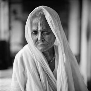 pramila-satar-vrindavan-india-2007-c-fazal-sheikh-2009