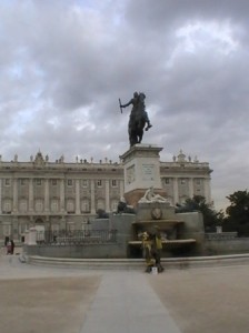 Palacio Real Pequeña LOGOPRESS