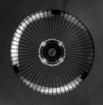 1. CUPULA DEL CANAL DE ISABEL II, STAGE 002, 2012 © Aitor Ortiz
