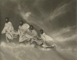 5. Ortiz Echagüe. Siroco en el Sahara, 1965