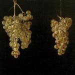 4 Dos racimos de uvas colgando. Juan Fernández »el Labrador». Mueo del Prado