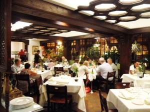 uno de los clásicos es Casa Ojeda, con más de un siglo de trabajo a sus espaldas y toda una institución en Burgos