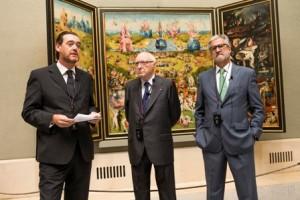 De izquierda a derecha:  el director del Museo del Prado, Miguel Zugaza Miranda; el presidente del Real Patronato del Museo del Prado, José Pedro Pérez-Llorca; y el presidente de la Fundación Iberdrola, Manuel Marín González © Museo Nacional del Prado.