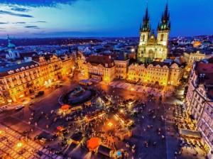 Prague_cityscape_at_dusk_(8325431303)