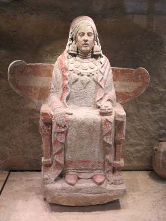 Dama de Baza original que se exhibe en el nuevo Museo Arqueológico de Madrid