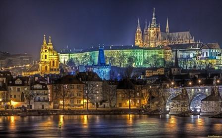 Krakiv-night-city - copia