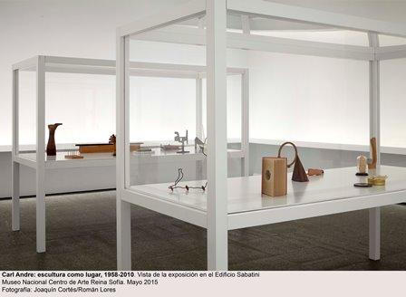 04-carl_andre-edificio_sabatini_0