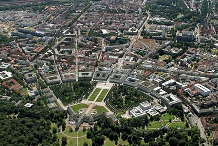 Der Karlsruher Fächer aus der Luft