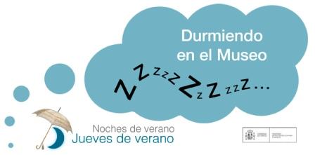 Durmiendo en el Museo