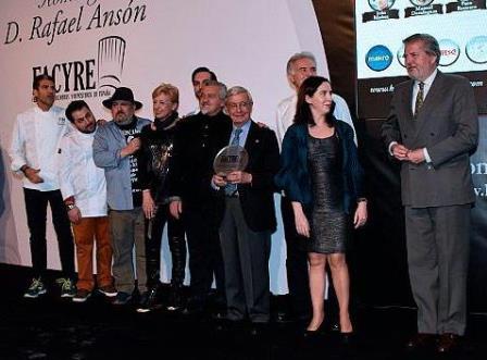 El mundo de la gastronomía rinde homenaje a Rafael Ansón