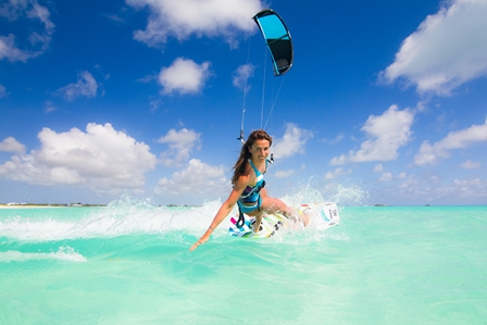fone-kiteboarding-charlotte-consorti-kitesurfing-tropics-o