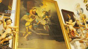 Guardia Civil recupera 10.000 piezas de arte en Bullas, Murcia