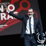 GalaDia25-Premio-BANDERAS_AntonioPastor (6)z